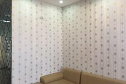 Nên dán tường hay sơn